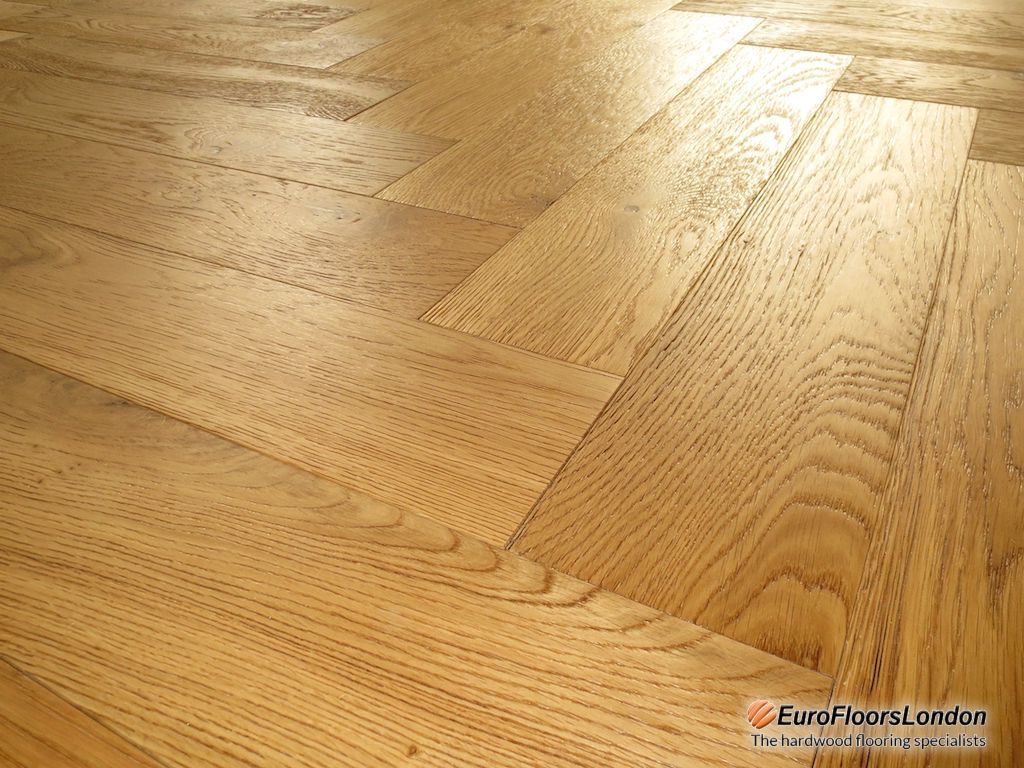 Engineered Oak Herringbone, Mix Grade, Brushed & UV Oiled – 18/4x120x600