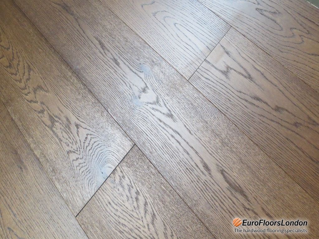 Engineered Oak Flooring, Select Grade , Walnut Stained, Brushed & UV Oiled – 15/4x189x1860