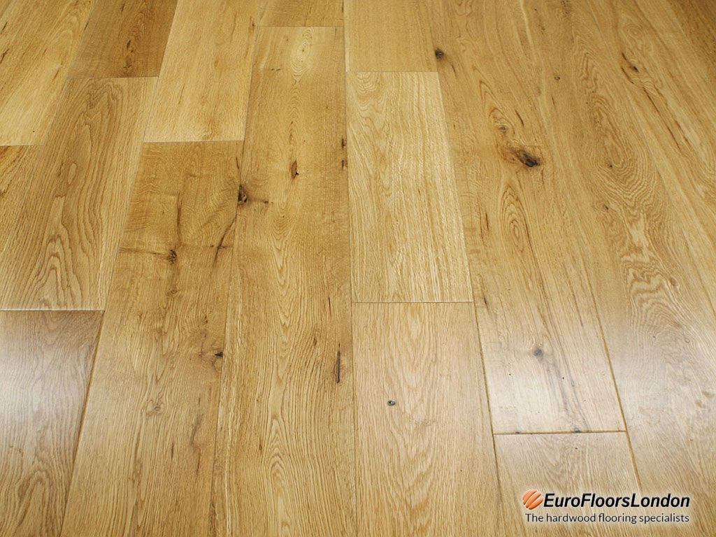 Solid Oak Flooring, Classic Grade, UV Lacquered – 18x125xRL