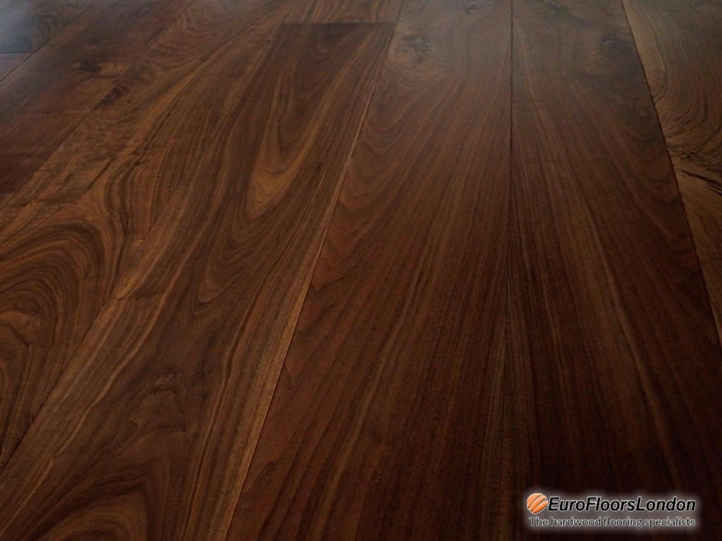 Engineered Walnut Flooring, Classic Grade, Lacquered – 14/3x150xRL